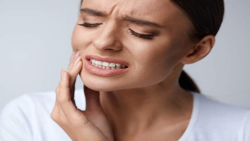 Pengaruh Sakit Gigi ke Mata