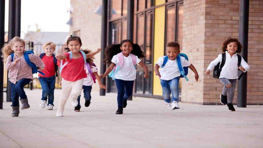 Contoh Artikel Pendidikan 400 Kata Tentang Memilih Sekolah Untuk Anak